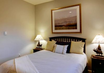 Buffalo Pass Room Bella Vista sm 400x284 - Home Interior