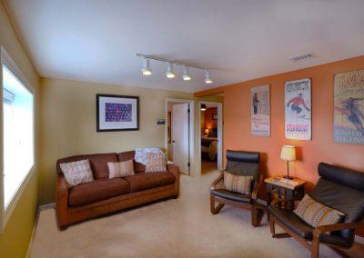 Living Room Lower Cottage Bella Vista 400x284 - Home Interior