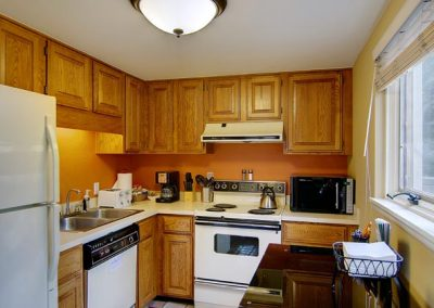 Lower Cottage Kitchen Area Bella Vista sm 400x284 - Home Interior