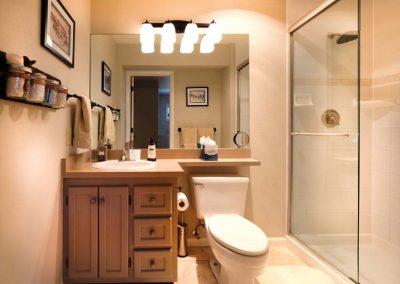 Strawberry Park Bathroom Lodge Bella Vista 400x284 - Home Interior