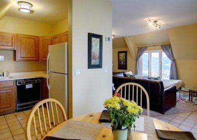 Upper Cottage Living Room Bella Vista sm 400x284 - Home Interior