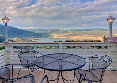 Upper Cottage Patio Seating Bella Vista sm 400x284 - Summer