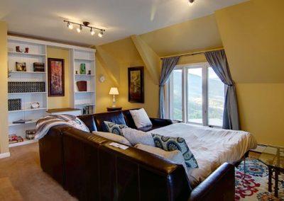 Upper Cottage Sofa Sleeper Bella Vista sm 400x284 - Home Interior