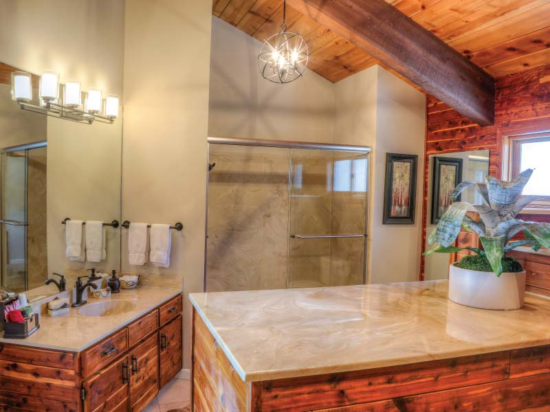 bella vista estate lodge master bath - Lodge