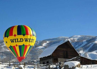 Bella Vista hot air balloon 02 400x284 - Steamboat