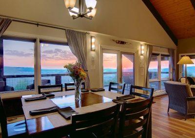 Floor to Ceiling Windows Bella Vista 400x284 - Home Interiors