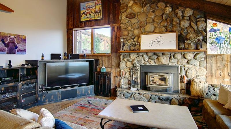 Great Room Gather At Bella Vista 400x284 Home Interiors