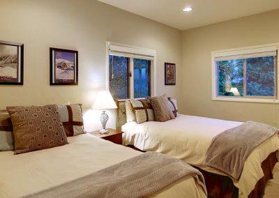 Hahns Peak Bedroom Overlook 400x284 - Home Interiors