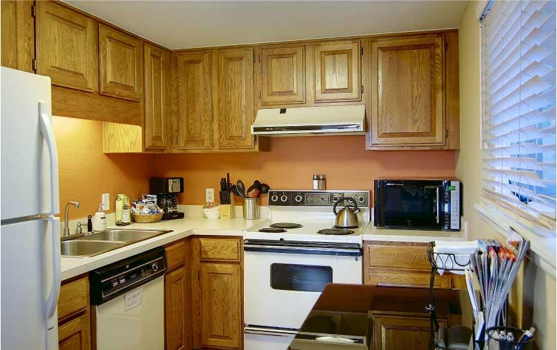 NEW 2 Lower Cottage Kitchen Bella Vista - Cottages