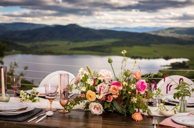 Bella Vista outdoor seating - Weddings